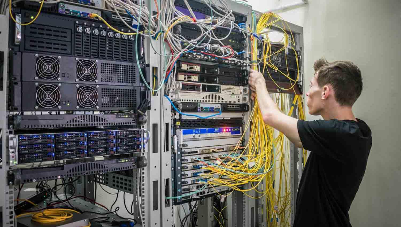 reparacion fibra, redes locales e Internet